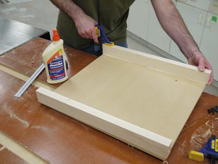 make an easy, precise tablesaw crosscut sled