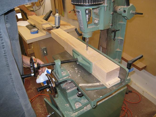 Super Day 6 Building A Workbench Legs Feet Braces And Machost Co Dining Chair Design Ideas Machostcouk