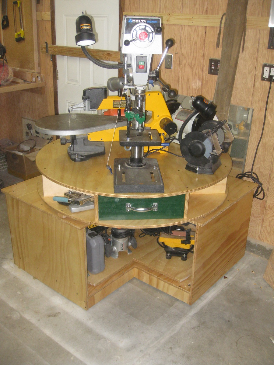 lazy stephen tool turntable finewoodworking. Black Bedroom Furniture Sets. Home Design Ideas