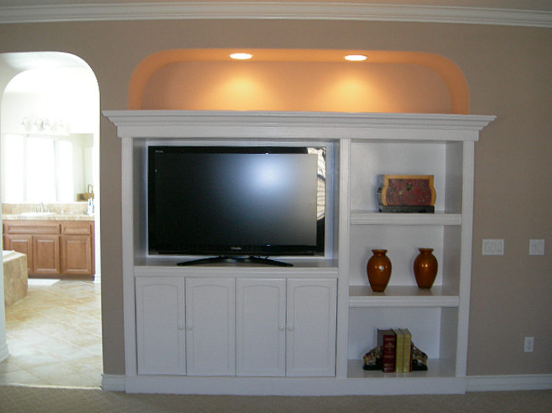 Very Built in TV Cabinet - FineWoodworking TV36