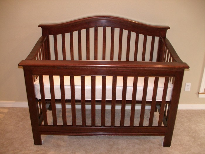 Baby Crib - FineWoodworking