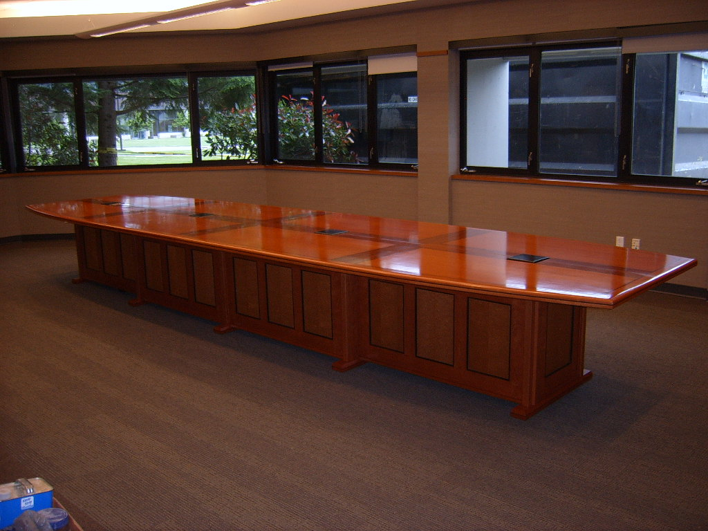 Executive Conference Table - FineWoodworking