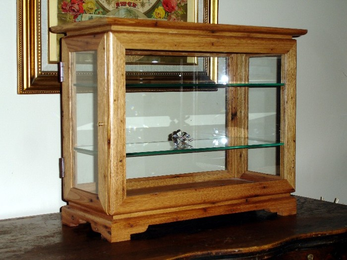 Full View Display Case - FineWoodworking