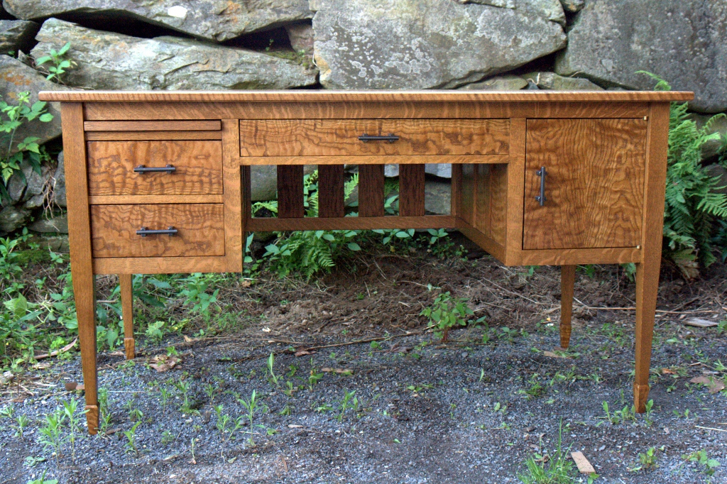 Super Curly Red And White Oak Writing Desk Finewoodworking Download Free Architecture Designs Ferenbritishbridgeorg
