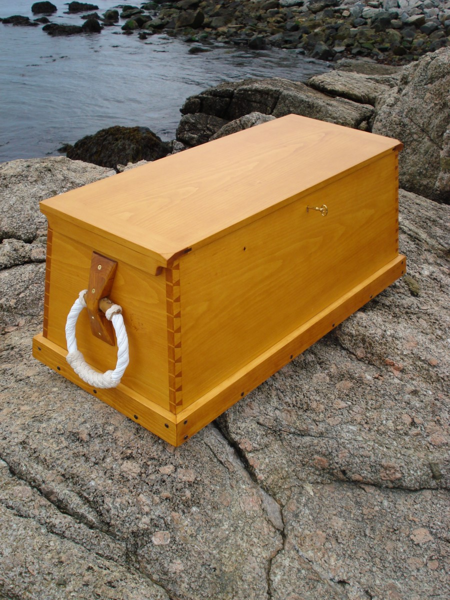 Sea Chests, plans from Gary Larkins, WA - FineWoodworking
