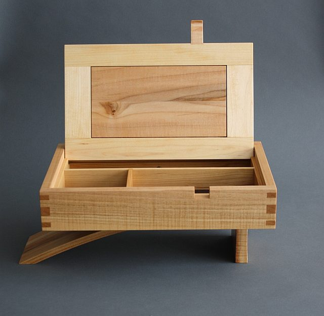 Cantilever Jewelry Box - FineWoodworking