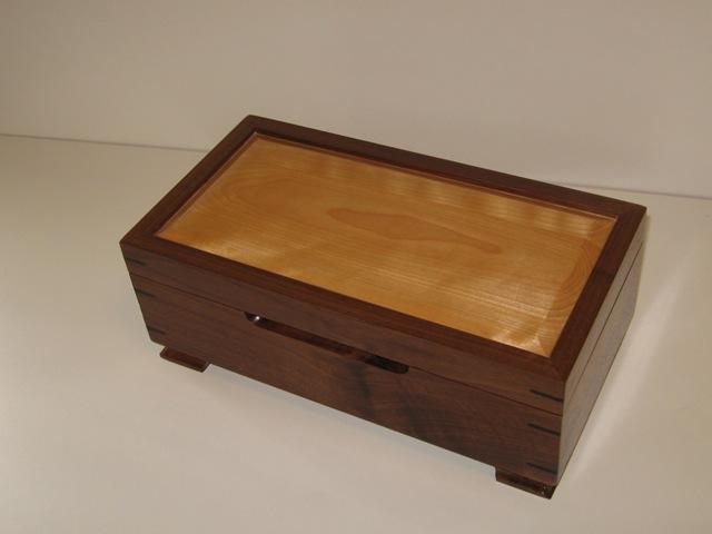 Walnut and Birch Jewelry Box FineWoodworking