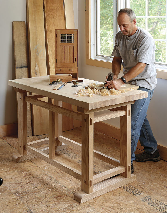 Enjoyable A Small Sturdy Workbench Finewoodworking Onthecornerstone Fun Painted Chair Ideas Images Onthecornerstoneorg