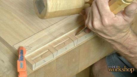 Hand-cut dovetails part 1 - Pins First