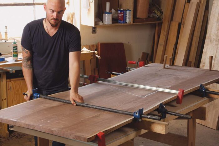 Soto chose boards without too much wave, he doesn't have to use shaped cauls when clamping