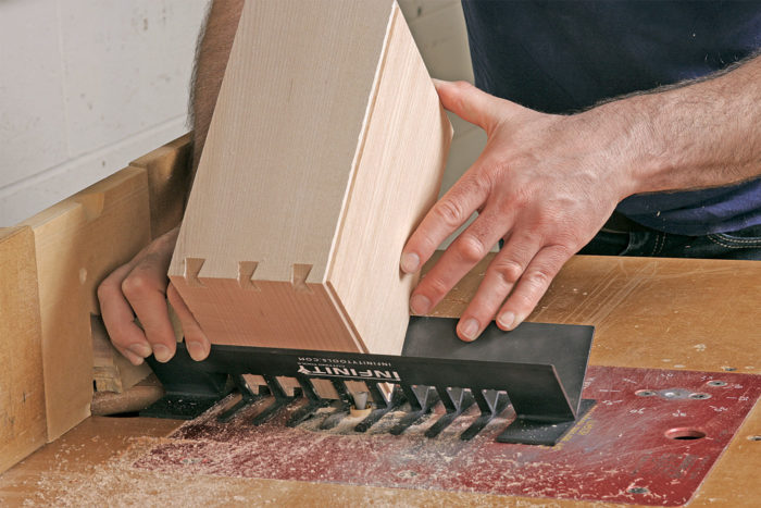 dovetail notching dovetail spline system by infinity finewoodworking