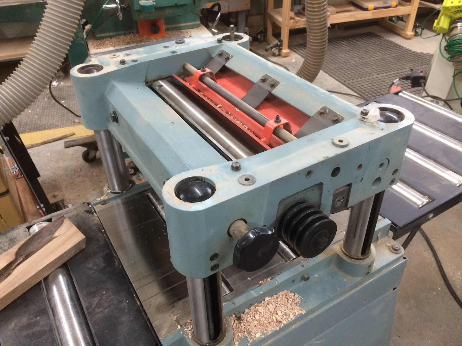 Upgrading a planer to a segmented cutterhead - part 1 - FineWoodworking
