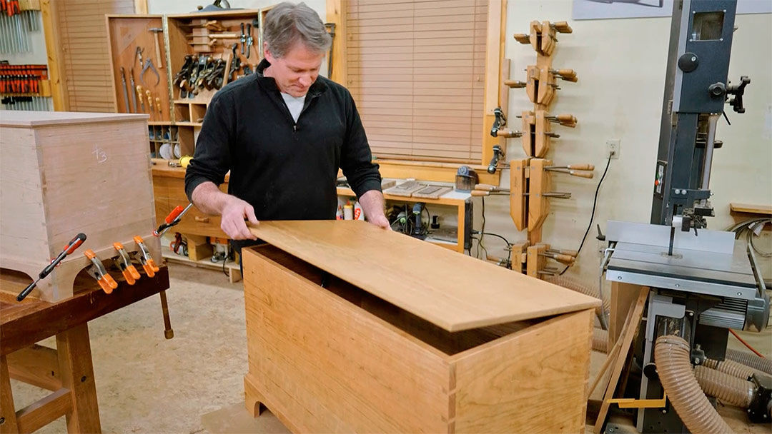 Rough Cut: Shaker-inspired Blanket Chest (807) - FineWoodworking