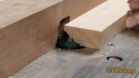Router Table Fundamentals with Bob Van Dyke - FineWoodworking