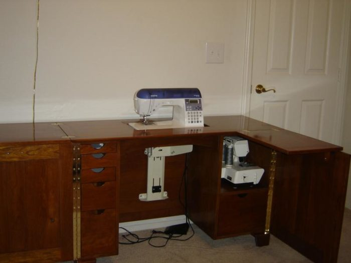 Deluxe Sewing Center Plan
