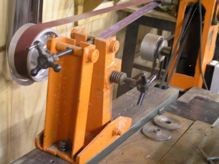 Pleasing Wheel Grinder Technique Safety Finewoodworking Ibusinesslaw Wood Chair Design Ideas Ibusinesslaworg