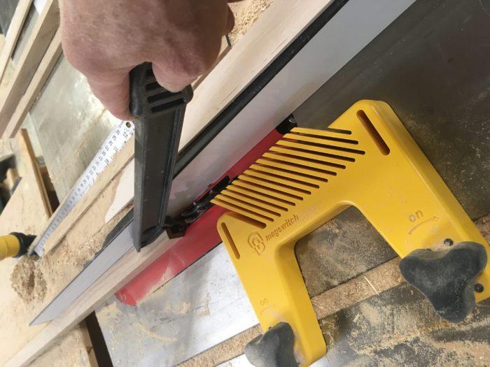 Como construir prateleiras suspensas com iluminação integrada - parte 1 12
