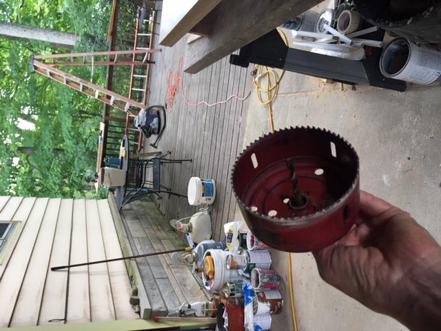 Como construir prateleiras suspensas com iluminação integrada, Parte 2: Instalação 49