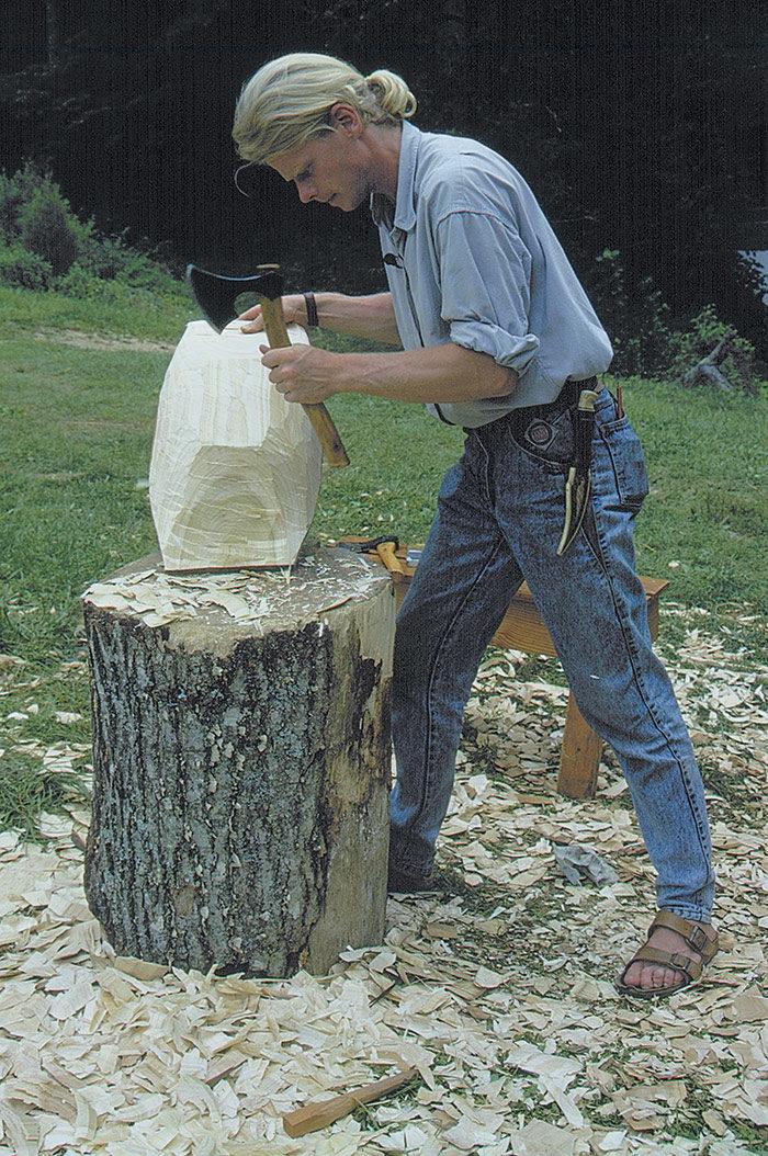 safe carving stance