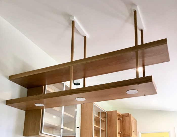 Como construir prateleiras suspensas com iluminação integrada, Parte 2: Instalação 61