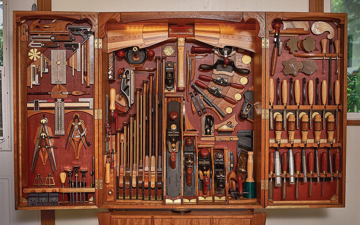 Carlo Bugatti tool chest