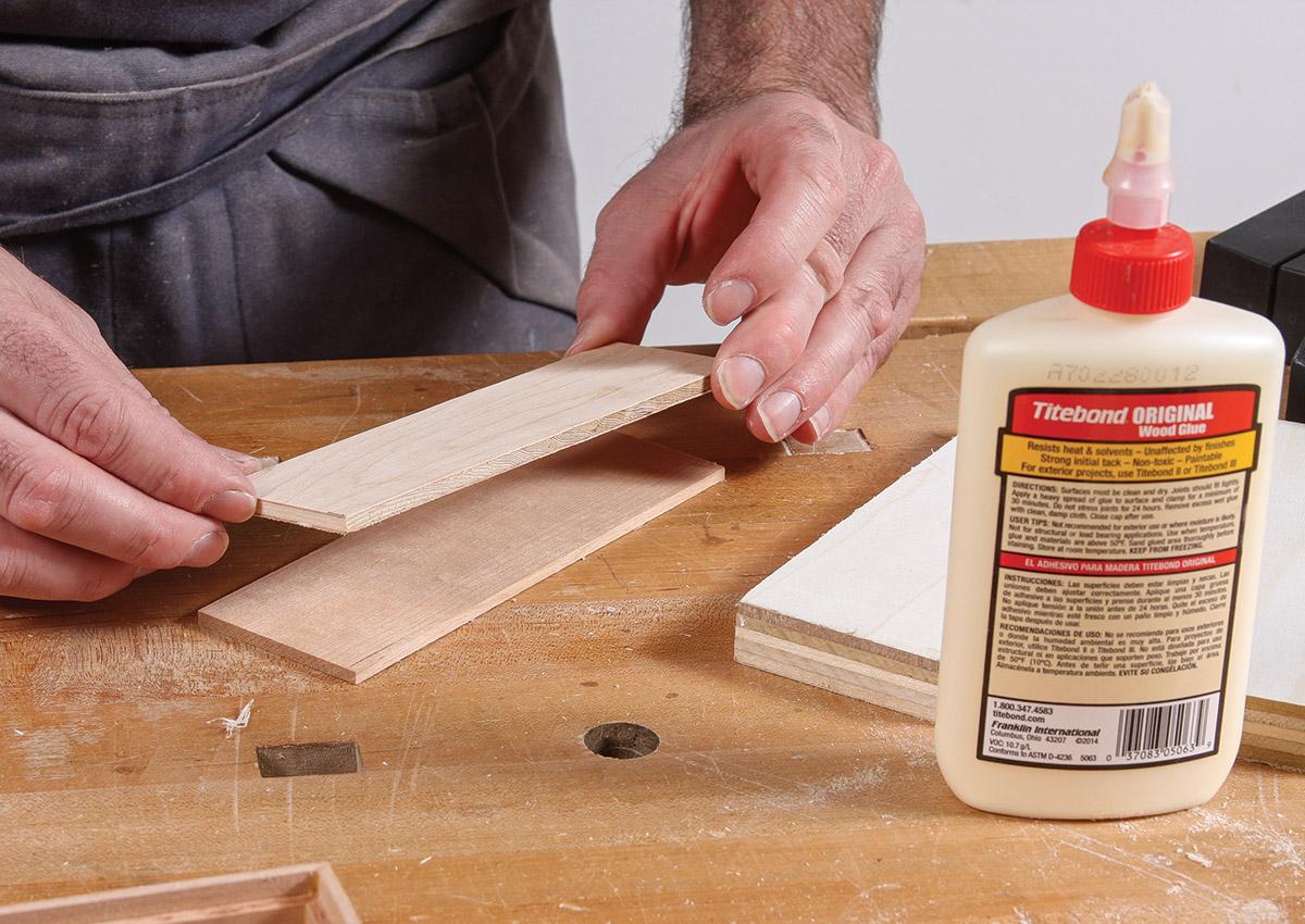 Glue the veneer