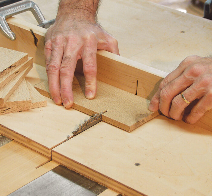 Cutting box bottoms to length