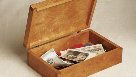 Simple dovetailed Box