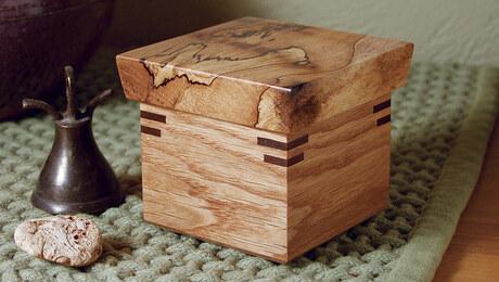 Build a Lift-Lid Box