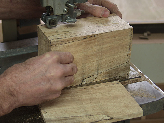 Bandsawn-Box-with-Drawer-A