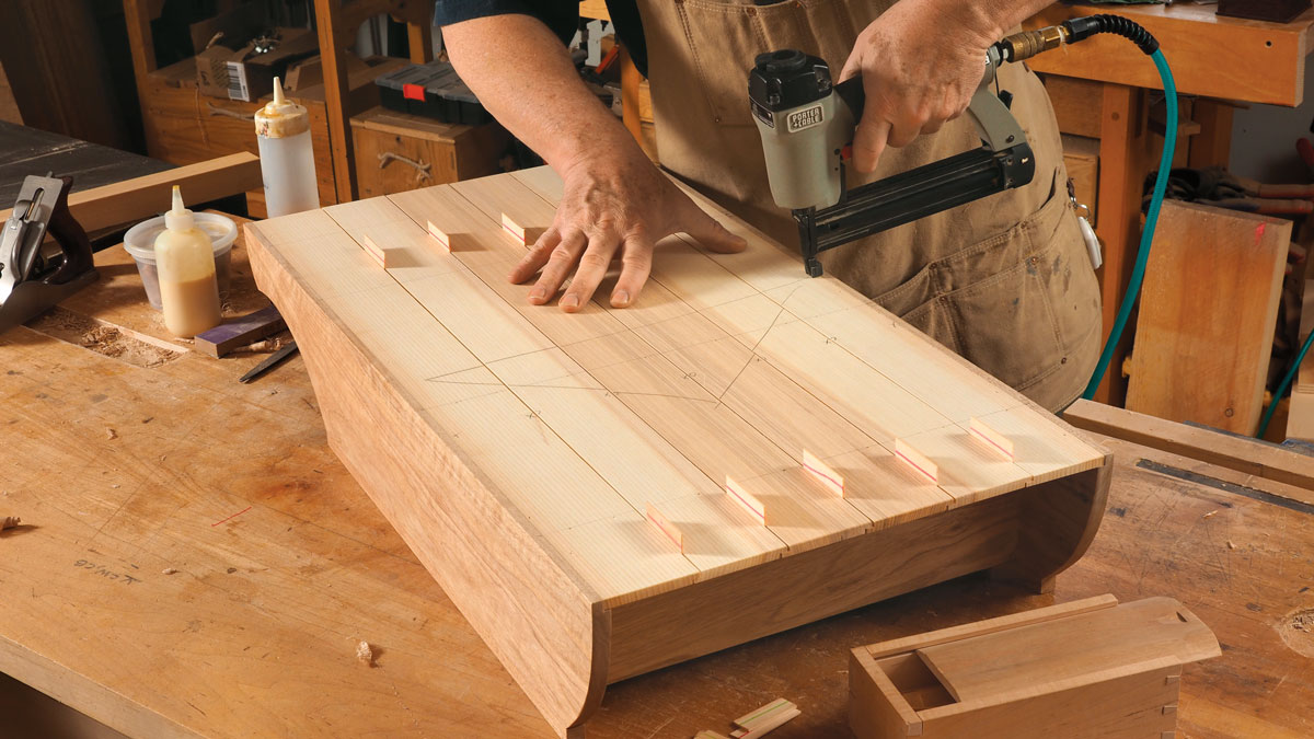 A QUICK LESSON IN MAKING A SHIPLAPPED BACK
