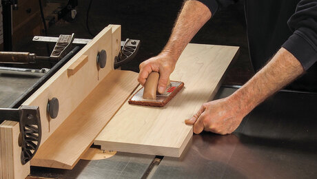 Build an adjustable tablesaw L-fence