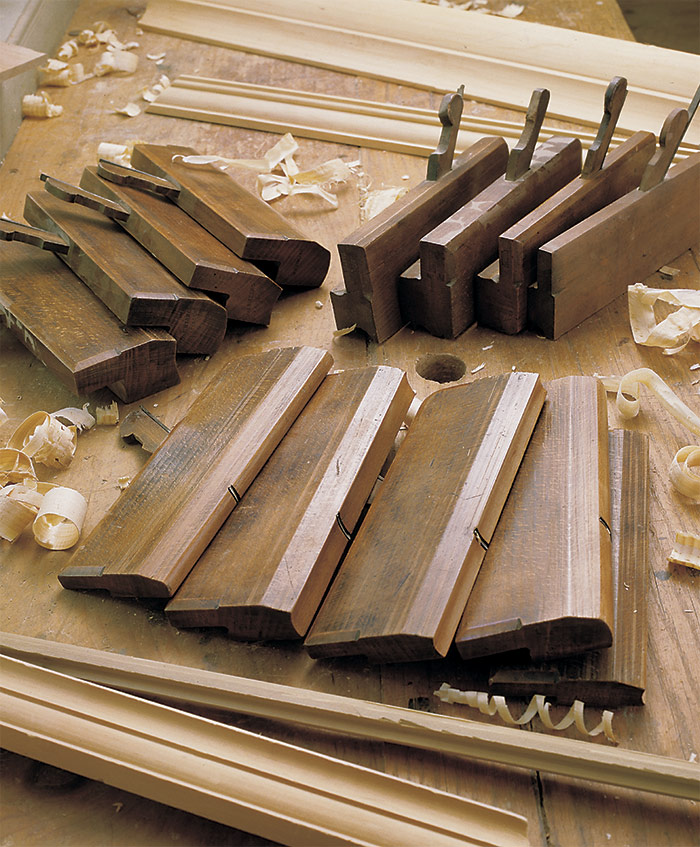 hollow and round molding planes