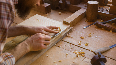 Confessions of a hand-tool woodworker