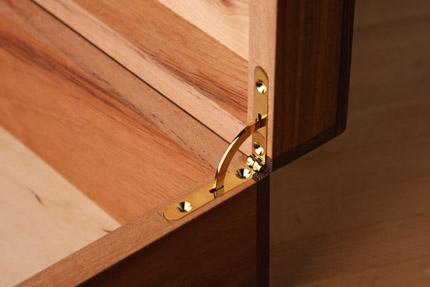 How To Mount Side Rail Hinges Finewoodworking