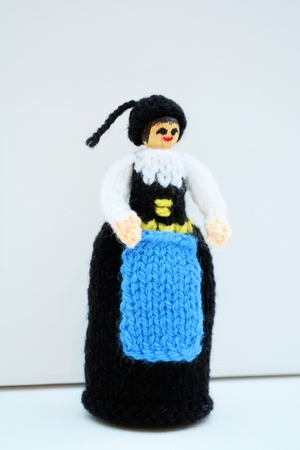 Iceland National Costume Peg Doll Knitting Pattern