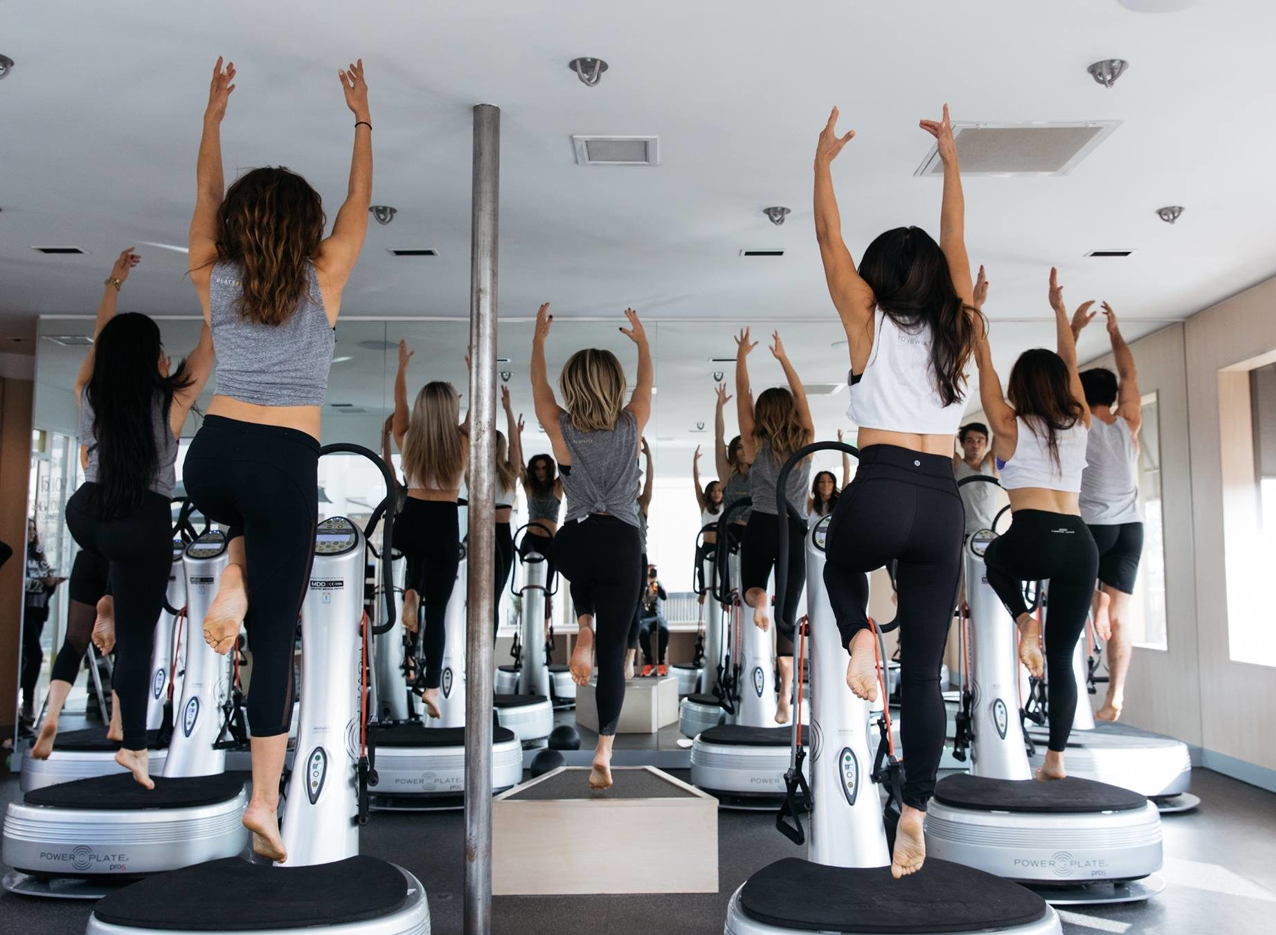 all of the best sweat spots in los angeles fitt los angelesbetween surfing, lifting weights at muscle beach and trying out the newest celebrity workouts, la has so many fitness options that it can seem impossible to