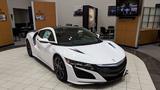 Mile High Acura Showroom