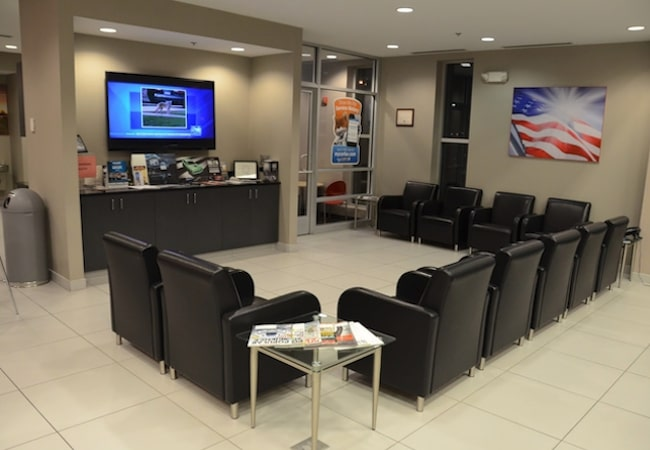 Naperville Chrysler Dodge Jeep Ram Customer Lounge