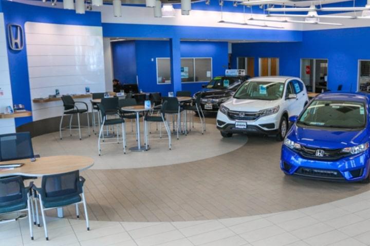 Rolling Hills Honda Service Department Dealership Showroom Lounge