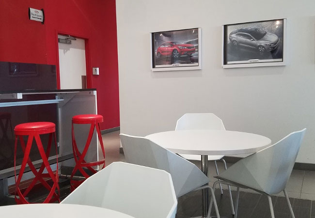 Suntrup Kia Service Customer Lounge