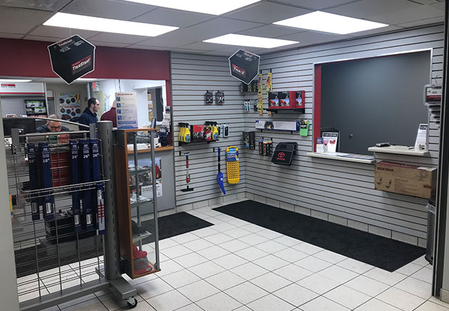 Service & Parts Specials LaFontaine Toyota Dearborn, MI Service Department