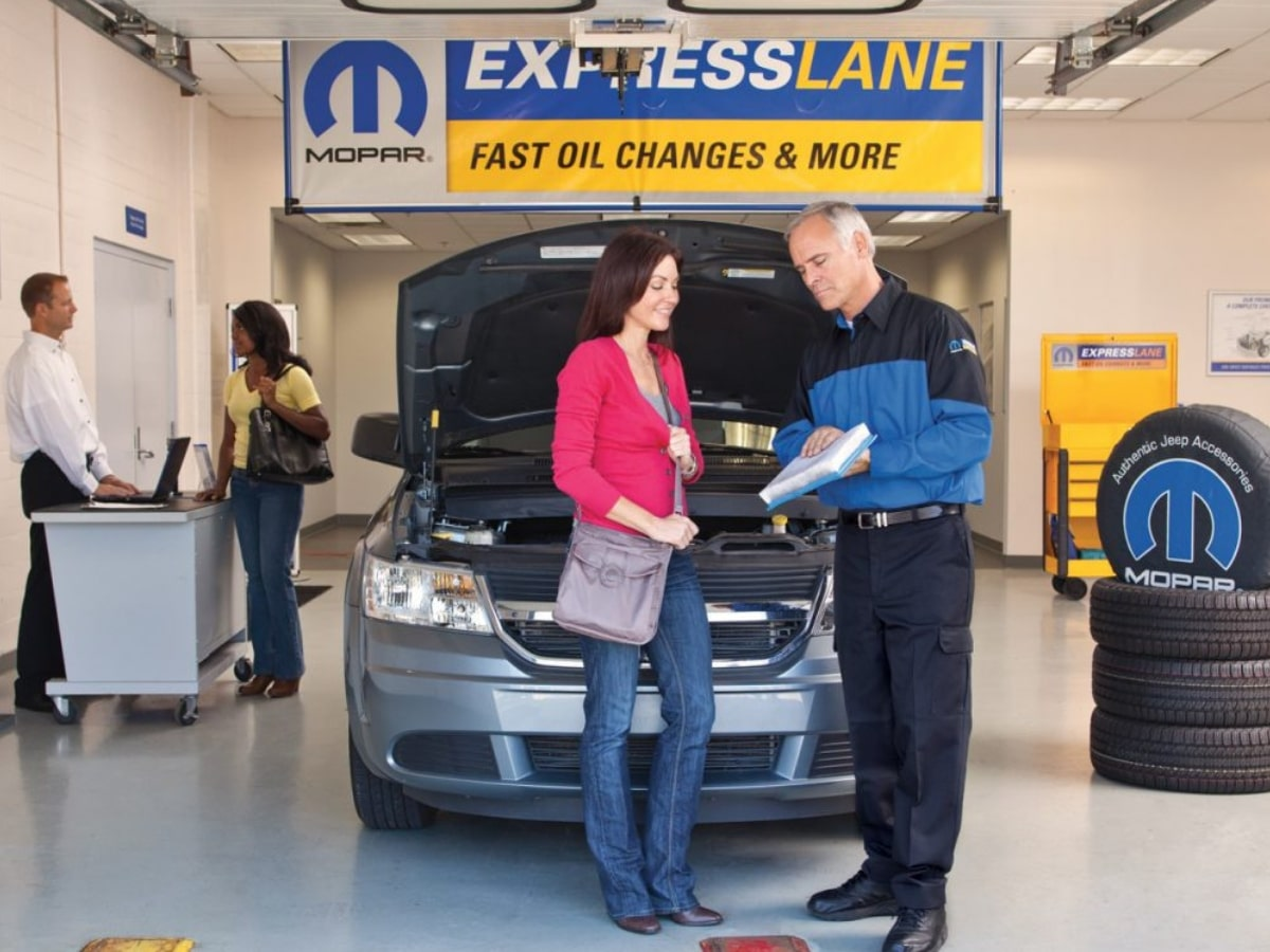Mopar Express Lane Service Center