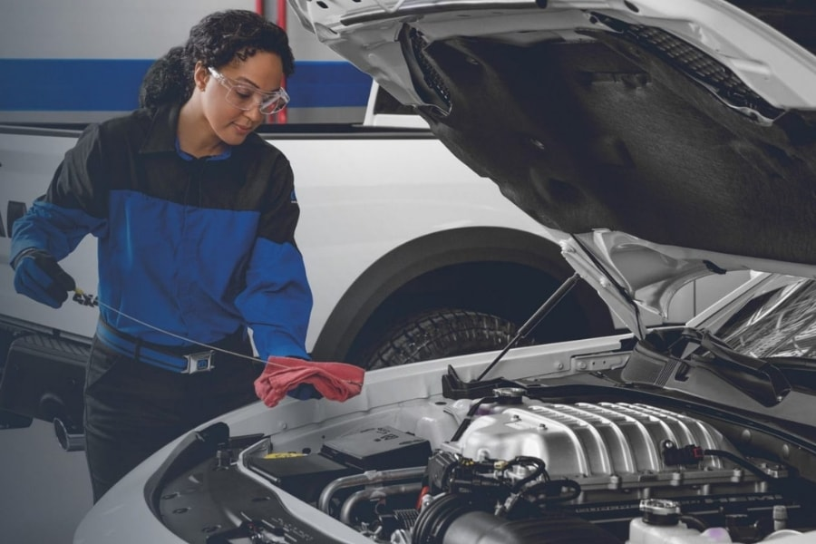 Chrysler Dodge Jeep Ram Full Synthetic Oil Change Service Los Angeles, CA