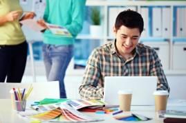 Job seeker looking for great freelance jobs