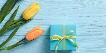 5 Gift Ideas for a Work-at-Home Mom - FlexJobs