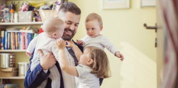 Dad discovering the challenges of being a work-at-home dad