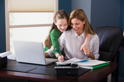 7 Reasons to Find a Part-Time Job with Kids at Home
