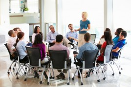 Moms Use Alumni Networks to Restart Your Career