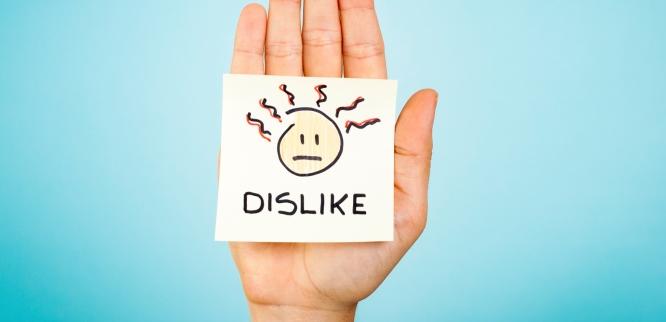 5 Stories of Social Media Hurting Careers